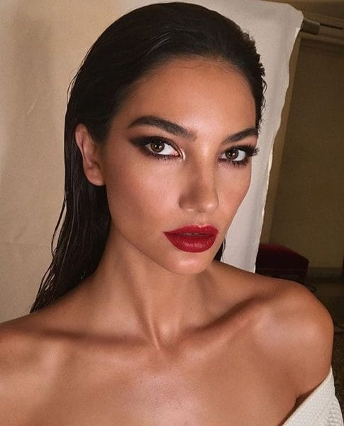 3 Celebrity Snaps to Inspire Your Weekend Beauty Look