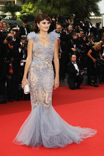 Penelope Cruz in Red Carpet Dresses