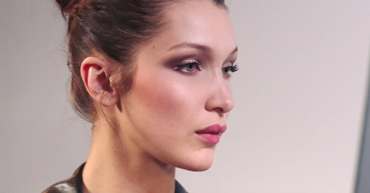 Fashion trends 2017 spring - How To Get Bella Hadid S Stunning Spring Look With Dior